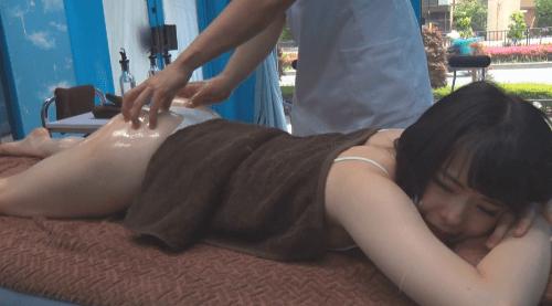 マジックミラー号 貧乳 乳首責め21