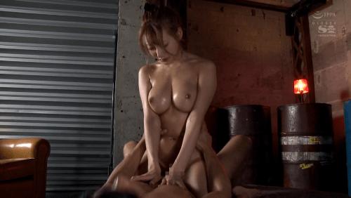 明日花キララ 媚薬漬け性獣セックス4本番17