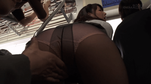 痴●通勤電車~ED夫の妻は、インモラルな行為に欲情する~ 加藤あやの16